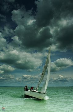 Hungary, with sailboat on the Lake Balaton, before storm _ Magyarország, vitorlással Balatonon, vihar előtt Places Around The World, Around The Worlds, I Love The Beach, Wanderlust, Budapest Hungary, Holiday Travel, Belle Photo, Places To See, Countryside