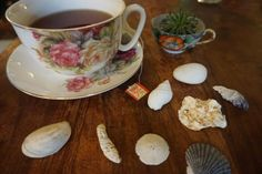 Learn how to decorate for your own summertime tea party with my helpful hints!