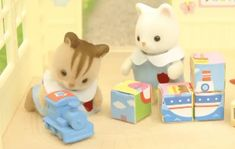 ☆cuteness will save the world☆ Beanie Babies, Gif Lindos, Calico Critters Families, Never Grow Old, Sylvanian Families, Aesthetic Gif, Cute Toys, Cute Gif, Wattpad