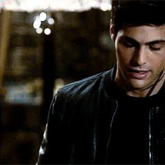 You want him, Alec. You know you want him. Shadowhunters 2x06