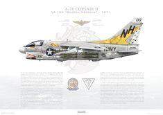 A-7E Corsair II VA-192 Golden Dragons, NH300 / 157530 / 1971 - A3
