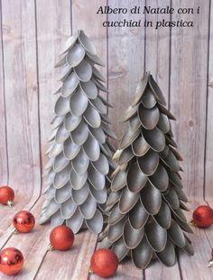 Albero Natale cucchiai di plastica_00