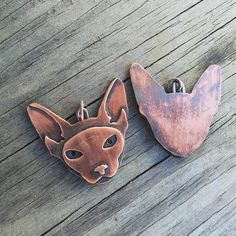 Pretty copper kitties!  I have one more available in my shop!
