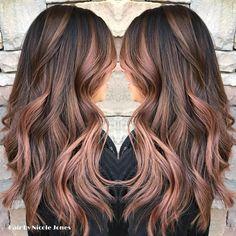 Rose Gold Balayage by @nicolejones_divine #SalonMadrid #RanchoCucamonga #rosegold #rosegoldhair #balayage #balayagehair #hairpainting…