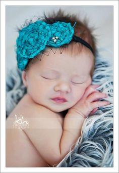 Love the headband :)