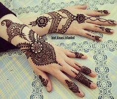 Stylish And Modern Henna Designs For Hands - Kurti Blouse Modern Henna Designs, Mehandhi Designs, Henna Meaning, Turtle Henna, Mehandi Henna, Mehendi, Henna Sleeve, Henna Stencils, Foot Henna