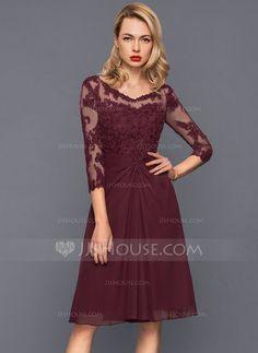 A-Line/Princess V-neck Knee-Length Chiffon Cocktail Dress With Ruffle (016140385) - JJsHouse