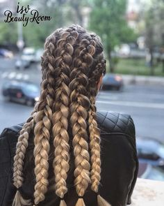 Isv Beauty Room added a new photo — at Isv Beauty Room. Beauty Room, Merino Wool Blanket, Make Up, Hairstyle, Hair Job, Hair Style, Makeup, Hairdos, Beauty Makeup