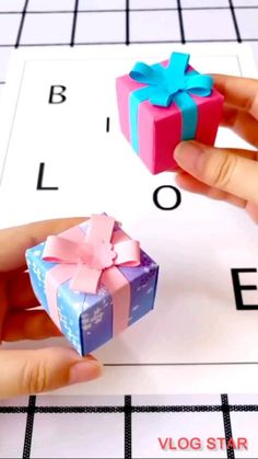 Cool Paper Crafts, Paper Crafts Origami, Diy Crafts For Gifts, Diy Crafts Videos, Diy Craft Projects, Diy Paper Box, Diy Videos, Creative Crafts, Diy Gifts For Friends
