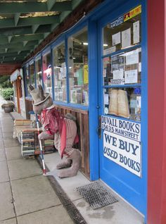 best used book store ever!  Duvall Books in Duvall, WA