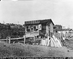 Grocery store near Green Lake, 1911