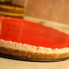 Lime cheesecake med jordgubbsgelé