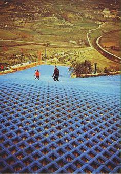 Città della Domenica - Perugia  Pista da sci in gomma - anni 70