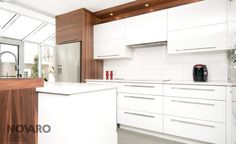 Results of research d& kitchen white wood Walnut Kitchen, White Kitchen Cabinets, Kitchen And Bath, New Kitchen, Kitchen Decor, Kitchen White, Cabin Kitchens, Home Remodeling, Kitchen Remodel
