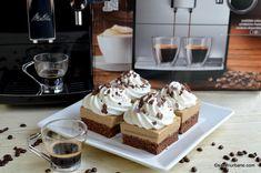 Prăjitură cu cafea și frișcă - rețeta de Boema de pe vremuri. Cum se face prăjitura Boema de casă cu mousse de cafea și blat pufos cu cacao? No Cook Desserts, Sweets Recipes, Frosting Techniques, Romanian Food, Cupcakes, Desert Recipes, Food To Make, Caramel, Cheesecake
