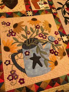 The Watering Can block, by Rhonda Dort Wool Applique Quilts, Fall Applique, Applique Quilt Patterns, Wool Quilts, Barn Quilts, Appliqué Quilts, Barn Quilt Designs, Quilting Designs, Small Quilts