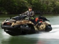 GIBBS Quadski - The amphibious vehicle can be driven like a regular quad while on land, but it draws in its wheels and becomes a Jet Ski-like contraption upon entering the water – all within five seconds. Hors Route, Amphibious Vehicle, Landrover, Bug Out Vehicle, Terrain Vehicle, By Any Means Necessary, Four Wheelers, Buggy, Jet Ski