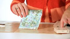 How to Distress Paper for Scrapbooking