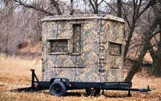 How to Choose the Right Bow for Hunting Whitetail Deer Hunting, Deer Hunting Tips, Deer Hunting Blinds, Coyote Hunting, Pheasant Hunting, Archery Hunting, Deer Blinds, Hunting Stuff, Tree Stand Hunting