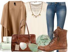Die ausgewogene Farb-Kombination aus Camel, Mint, Denim und Beige macht dieses Outfit zum perfekten Style für schöne Herbsttage!