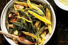 Garlicky Runner Beans Recipe on Yummly Vegetarian Cooking, Vegetarian Recipes, Healthy Recipes, Healthy Meals For One, Healthy Eating, Runner Beans, Summer Dishes, Bean Recipes, Thanksgiving Recipes