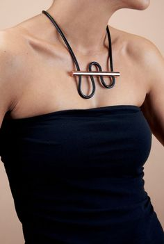 180° Necklace combines copper and nylon by Chifen Cheng
