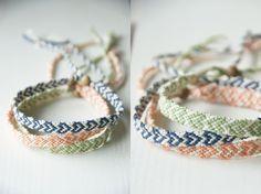 Crochet Patterns Arm DIY – make cute bracelets with heart motif! Diy Presents, Diy Gifts, Friendship Bracelet Patterns, Friendship Bracelets, Jewelry Crafts, Handmade Jewelry, Diy Accessoires, Diy Jewelry Inspiration, Idee Diy
