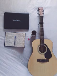 Im yours ~ Acoustic guitar F310 Tea time