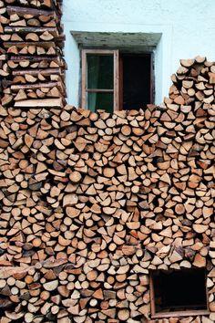 Wie die Tiroler den Herbst besonders gern verbringen, erfahren Sie hier » Firewood, Blog, Crafts, Manualidades, Ski, Tourism, Beautiful Places, Hobbies, Nature