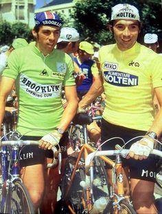 "Maillot cycliste vintage ""Molteni"" (Eddy Merckx) - Shop - Vint'age Of Bikes Anjou Velo Vintage, Bike Poster, Fred, Vintage Cycles, Bicycle Race, Pro Cycling, History, Sports, Athlete"