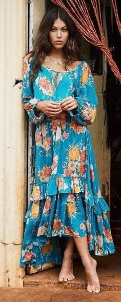 Boho Floral Maxi Dress Spell & The Gypsy Collective Source Hippie Style, Look Hippie Chic, Look Boho, Gypsy Style, Boho Gypsy, Bohemian Style, Mode Gipsy, Trendy Fashion, Boho Fashion
