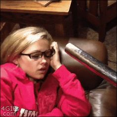 The worst way to wake up: | 33 GIFs From 2013 That Will Make You Laugh Everytime