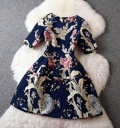 Vintage Style Floral Dress in Navy Blue