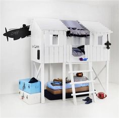 treehouse bed by kidsfctory. Kinda love this a lot