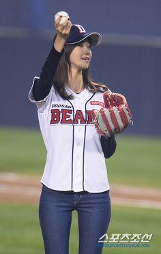 Baseball girl suck #11