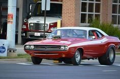 Muscle Car Dreaming - In the day this Hemi powered 71 Challenger was one...