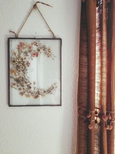 Dried Flowers in glass hanging frame Dried Flowers in glass ha Flower Picture Frames, Flower Frame, Flower Pictures, Flower Wall, Resin Crafts, Resin Art, No Ordinary Girl, Pressed Flower Art, Hanging Frames