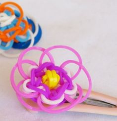 cra-z-loom Tutos pour faire des accessoires avec des élastiques multicolores - Autres bricoles - Pure Loisirs