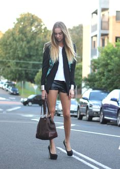Blazer, white tee, leather micro shorts, and those fab heels<3