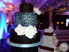 Royal Icing Custom Cakes