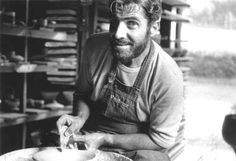 Mastermakers: Byron Temple Ceramics (American: 1932 - 2002)