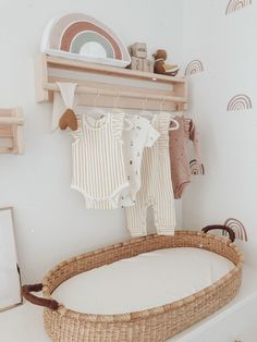 Baby Nursery Themes, Baby Decor, Girl Nursery, Nursery Room Ideas, Rainbow Nursery Decor, Baby Bedroom, Baby Boy Rooms, Little Girl Rooms, Toddler Playroom