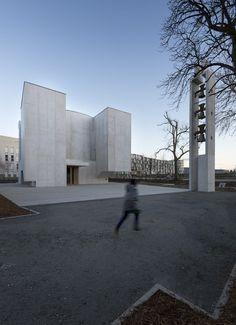 Alvaro Siza's New Church of Saint-Jacques de la Lande Through the Lens of Ana Amado