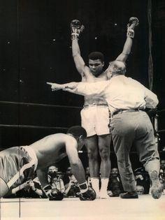 Muhammad Ali vs. Zora Folley, BOARD: http://pinterest.com/missymaire4/in-dedication-to-al-principe-ring-side/