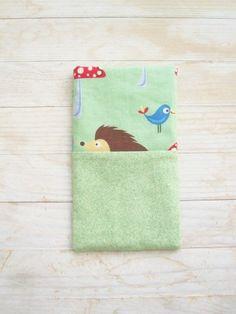 Siili ja lintu kännykkäpussi vihreä