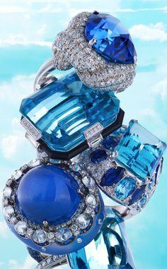 Into the Blue - ©Carlton Davis - www.clmus.com/photography/carlton-davis/jewelry/town-country-jan-2011/into-the-blue#4