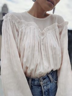 Crystal Pleated Puff Sleeve Blouse - Ecru - Source by yasmindrumm - Spring Summer Fashion, Spring Outfits, Mode Shoes, Look Cool, Fashion 2020, Dress To Impress, Cute Outfits, Emo Outfits, Fashion Outfits