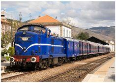 https://flic.kr/p/LFiKkt | Pinhão 09-04-16 | Locomotiva Diesel Nº1424, Comboio Presidencial no Douro.