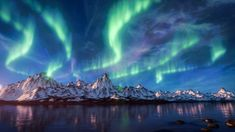 Create a beautiful Snow covered Mountain scene with the Aurora Borealis / Northern Lights in Blender! In this In-depth Tutorial you'll learn every step invol...