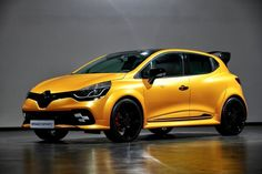 To mark its fortieth anniversary and celebrate Renault's return as a Formula 1 team, Renault Sport will be unveiling a special version of Clio R. at this weekend's Monaco Grand Prix. Grand Prix F1, Monaco Grand Prix, Renault Sport, Alpine Renault, Nissan Sentra, Clio 3 Rs, New Renault Clio, Peugeot 208 Gti, Clio Williams